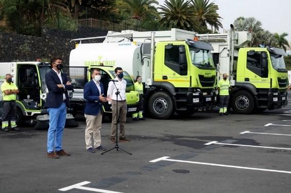 Santa Cruz de Tenerife apuesta por la movilidad a Gas Natural y eléctrica e incorpora 49 nuevos vehículos para la limpieza y recogida de residuos de la ciudad
