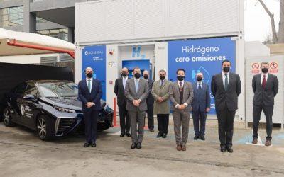 Madrid inaugura la primera hidrogenera de España para vehículos de pila de hidrógeno