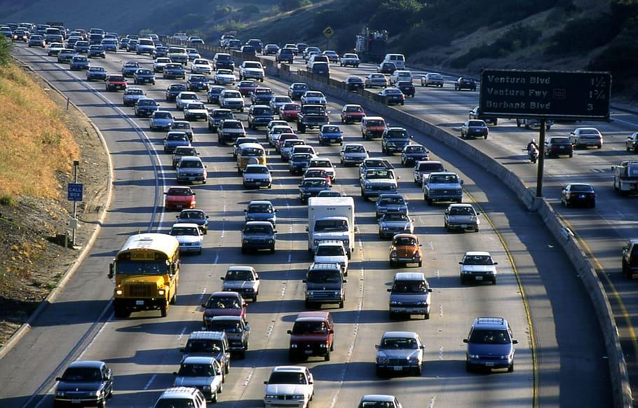 La Comisión Europea fija para 2035 el fin de la venta de coches de combustión